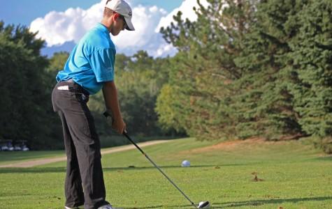 Boys Golf Begins Season With New Coaches