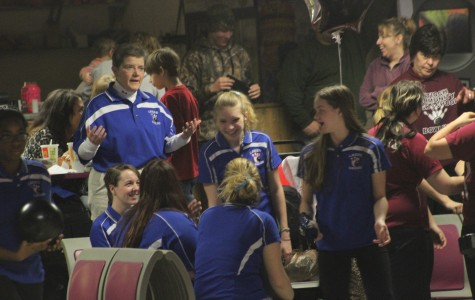 Girl's Bowling Goes to Conference