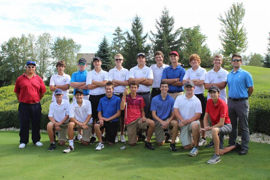 Boys+Golf+Team+poses+for+a+picture+their+match