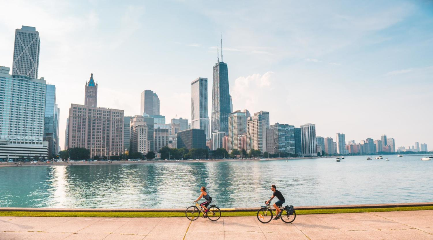 From Ballparks to the Magnificent Mile: Best Places to Visit in Chicago This Spring